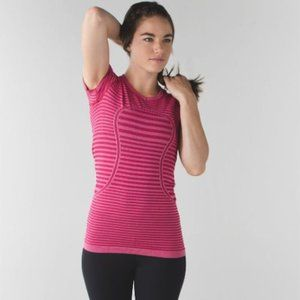 Lululemon Swiftly Tech Short Sleeve Crew Tee
